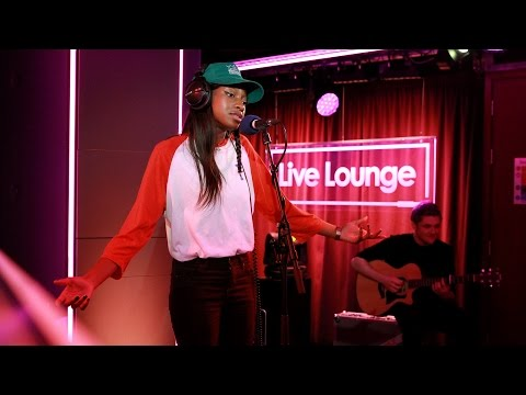 Little Simz covers Daughter's 'Youth' in the 1Xtra Live Lounge