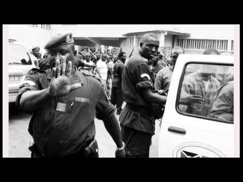"""Africalia: Teddy Mazina - """"Des tambours sur l'oreille d'un sourd / Burundi"""""""