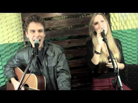 Baixar Bruno e Camila -Te esperando Luan Santana (cover) com Resposta