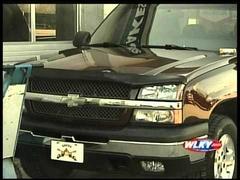 WLKY-TV CBS of Louisville, KY - Local Repair Shop Fixes Iraq War Veteran's Truck for Free