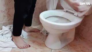 Kinh hoàng dùng khăn tắm lau bồn cầu, sàn toilet ở khách sạn 3 sao