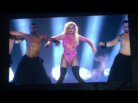 Britney Spears Live in Taiwan taipei baby one more time
