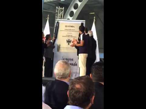 Peña Nieto devela la placa en el Estadio BBVA Bancomer en Monterrey
