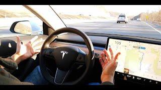 Tesla Autopilot V9 2018.42.2 STOPPED at TRAFFIC LIGHT TEST - Scenario 2