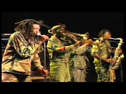 Baixar Lucky Dube (Live Concert 1993) - Truth In The World .wmv