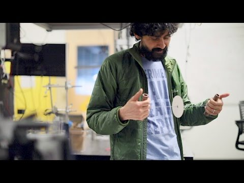Stanford bioengineers develop a 20-cent, hand-powered centrifuge