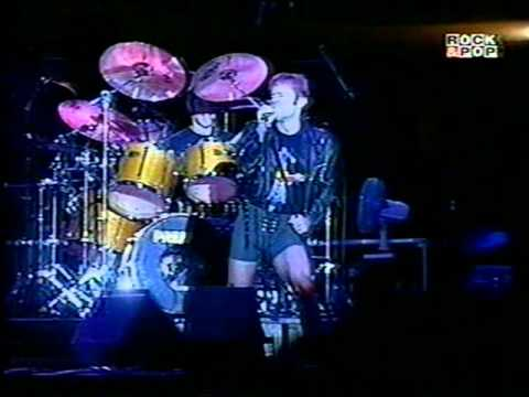 Baixar Bruce Dickinson - Tears of the Dragon live. Rockfest 1997 Chile.