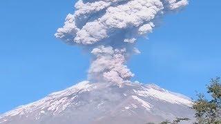 Popocatépetl Volcano Eruption in Mexico (Dec 2, 2018)