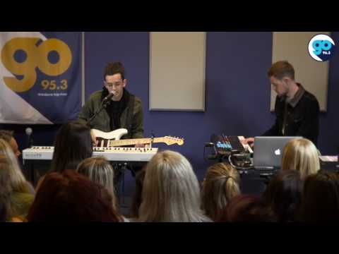 The 1975 - A Change of Heart (live in the Go Garage)