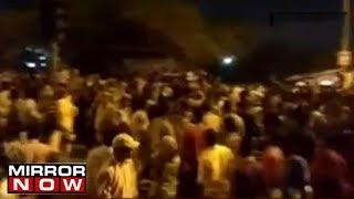 Outrage & protests in Delhi over rape of minor; Traffi..