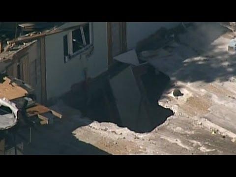 Close Look at Sinkhole that Swallowed Florida Man