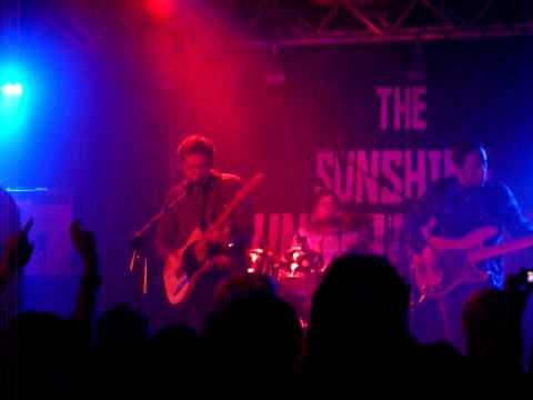 The Sunshine Underground (live)- Coming To Save You - Preston 53