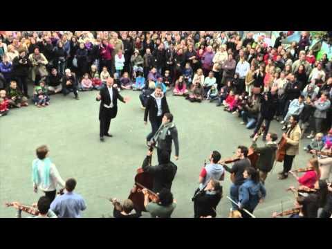 FlashMob 2013 - Namur en Mai - Imep - Traviata