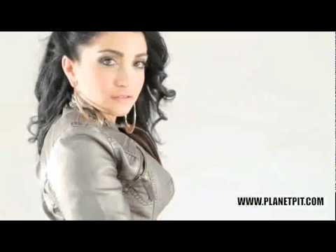 Pitbull   Bon Bon (We No Speak Americano Remix) Official Video.flv