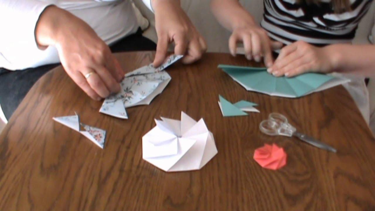 basteln falten papierblume blume papier achteck origami. Black Bedroom Furniture Sets. Home Design Ideas