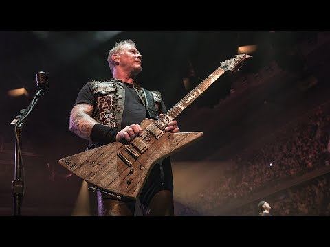 Metallica: James' New Guitar from the