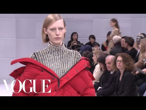 Balenciaga Fall 2016 Ready-to-Wear