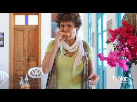 Joan Nathan's Chosen Food: The Ultimate Sufganiyot - YouTube