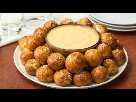 Pretzel Bites with Mustard Cheese
