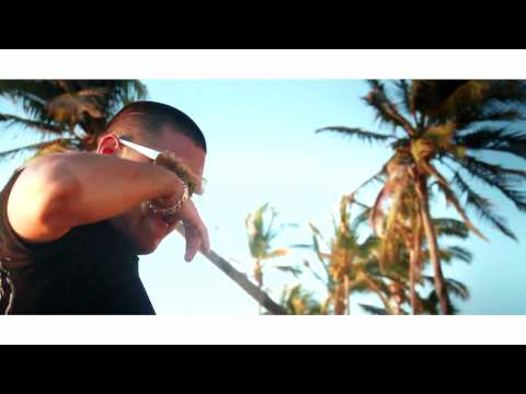 El Komander - Fiesta en la Playa - Video Official