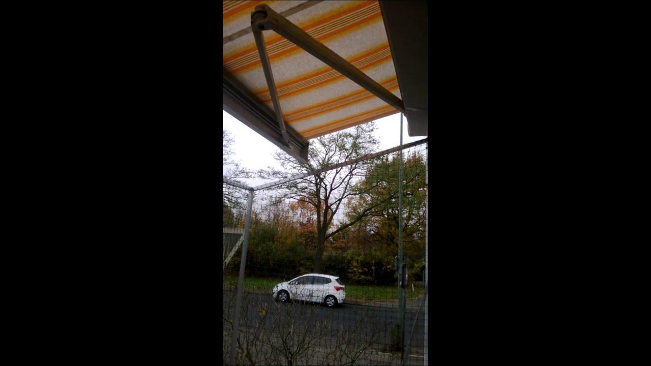 sonnenschutz und katzennetz am balkon markise mit katzennetz youtube. Black Bedroom Furniture Sets. Home Design Ideas