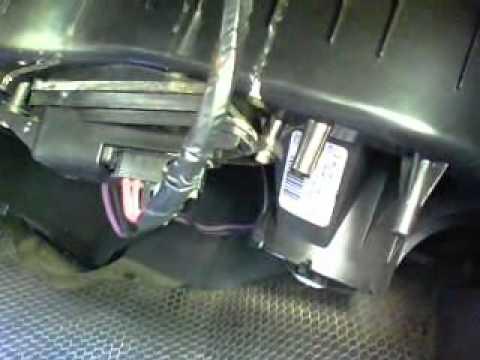 Replace Blower Motor Resistor In 2004 Silverado Youtube