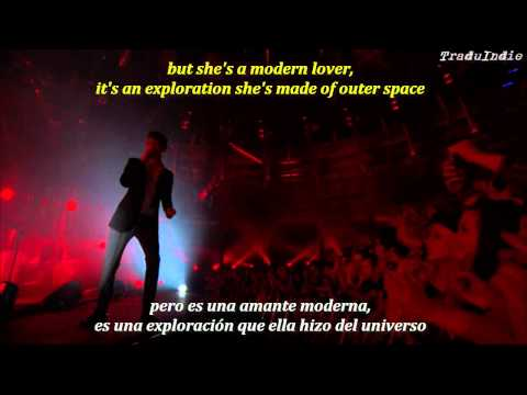 Arctic Monkeys- Arabella (inglés y español)