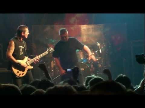Almafuerte - El Visitante - Captain Blue 17/03/2012
