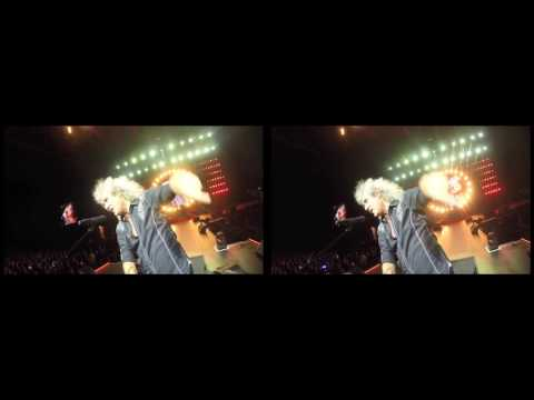 @DrBrianMay Selfie Stick Video |3D| Taipei, Taiwan [September 19, 2016]