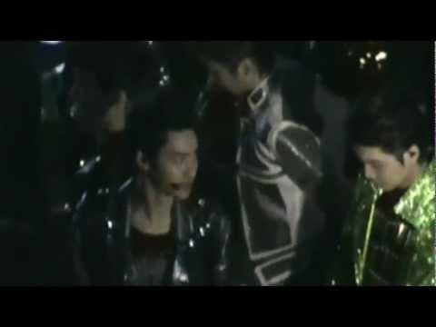 SMTown 2012 LA - EXO backstage