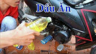 PHD   Thay Nhớt Xe Máy Bằng Dầu Ăn   Using Cooking Oil as Engine Oil in Bike