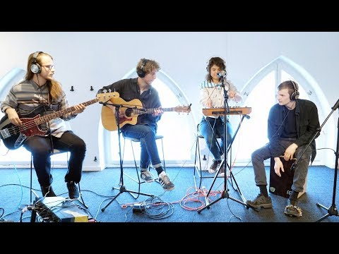 Melby performs Cross live at Record Union HQ