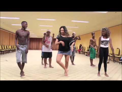 Baixar Daniela Mercury feat  Dream Team do Passinho - O canto da cidade - Couchê