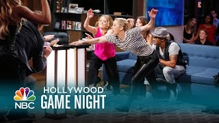 Brooke Burke Gets Buzzed - Hollywood Game Night (Episode Highlight)