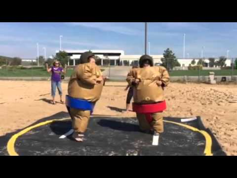 Adventurous Babes Try Sumo Wrestling