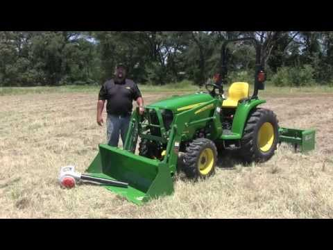 John Deere 3000E Series Cleaning Engine Compartment