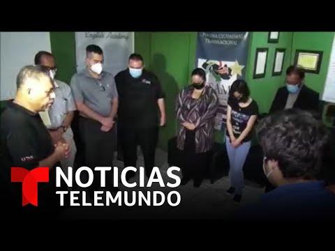 Salvadoreños deportados se reúnen por Thanksgiving | Noticias Telemundo