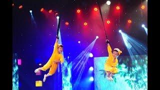 Bái phục trước các màn biểu diễn mạo hiểm của hai Nghệ sĩ xiếc nhỏ tuổi nhất Việt Nam
