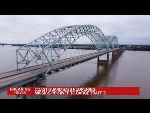 Mississippi River Reopens for Barge Traffic