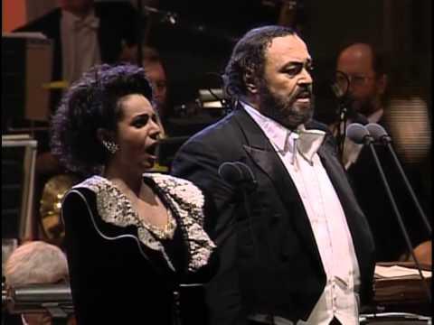 "La traviata / Act 1 : ""Libiamo ne'lieti calici"" (Brindisi)"
