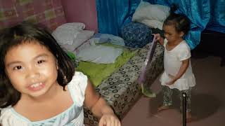 CUTE KID SINGING WHILE CLEANING ! ABC Song, Counting Numbers, Little do you know