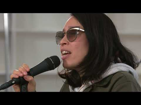 Little Dragon - Feather (Live on KEXP)
