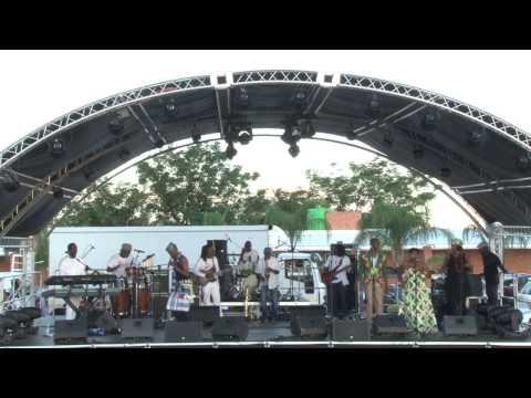 Trinity Mpho - Trinity Mpho Live-Theohang(African Festival)
