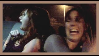Troll người đi xe taxi sợ tái mặt