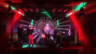 Veseli Vujky - Ukrainian folk song -