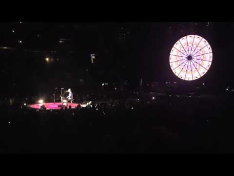 Chris Martin yells at security during show!
