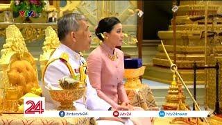 Nhà vua Thái Lan ban danh hiệu Hoàng hậu cho một nữ tướng | VTV24