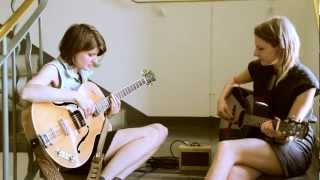 Smoke Fairies - The Three of Us - live (The Holy Moly Sessions)