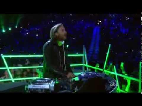 Baixar David Guetta feat  Ne Yo  Akon   Play Hard  Billboard Music Awards 2013