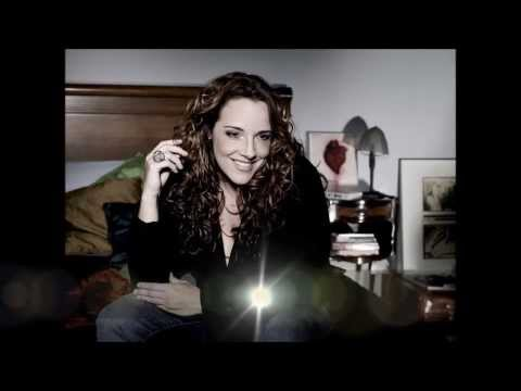 Baixar Ana Carolina - Eu sei que vou te amar - TEMA DE ABERTURA DA NOVELA EM FAMÍLIA!